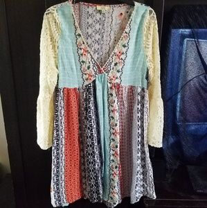 Boho hippie lace Bell sleeves umgee type dress s